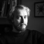 Markus Pyörälä (s. 1983) on kirjasuunnitteluun ja kuvittamiseen erikoistunut graafinen suunnittelija.